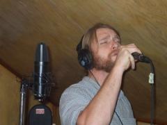 Kit in studio2-L