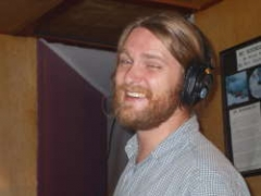 Kit in studio4-sm