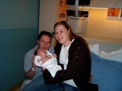 3-Mom,Dad&Baby-L