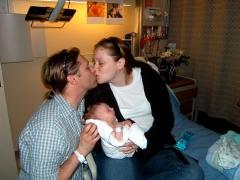 4-Loving Family-L